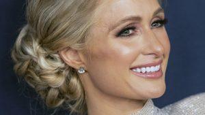 Thumbnail voor Paris Hilton start met IVF-traject: 'Dan kan ik voor een tweeling kiezen'