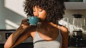 Thumbnail voor De dag starten met koffie? 'Drink je eerste kop na 10 uur 's ochtends'