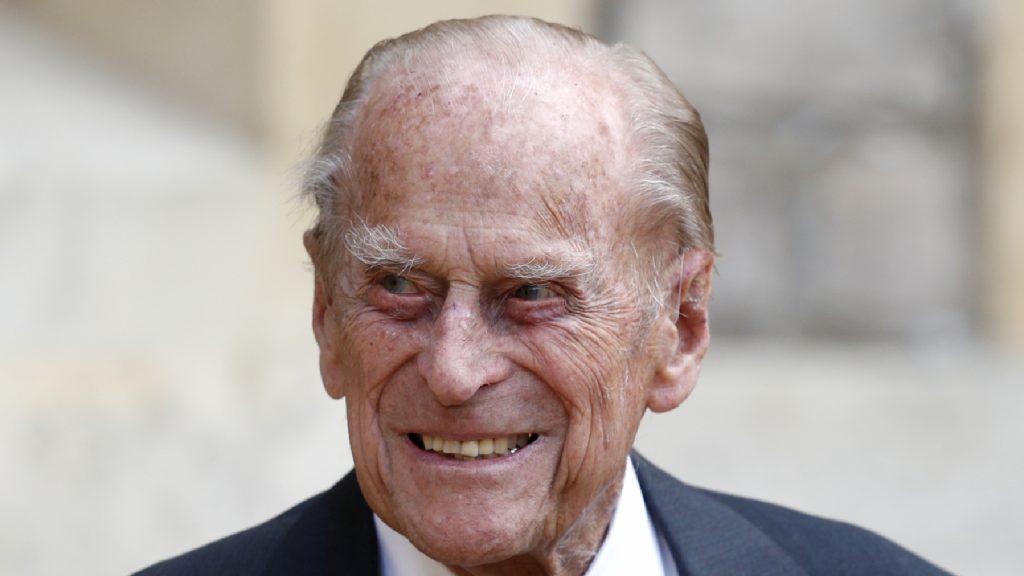 Prins Philip (99) uit voorzorg opgenomen in het ziekenhuis