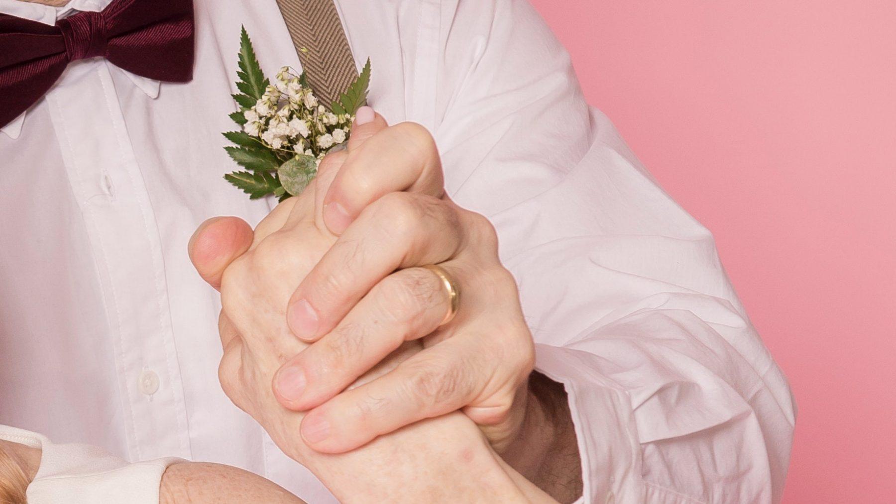 Suze zat stil op haar bruiloftsfeest: 'De band snapte niet dat we wilden dánsen'