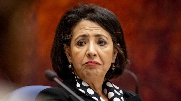 Tweede Kamer hevige kritiek op voorzitter Khadija Arib_ 'Achterbaks en onbetrouwbaar'