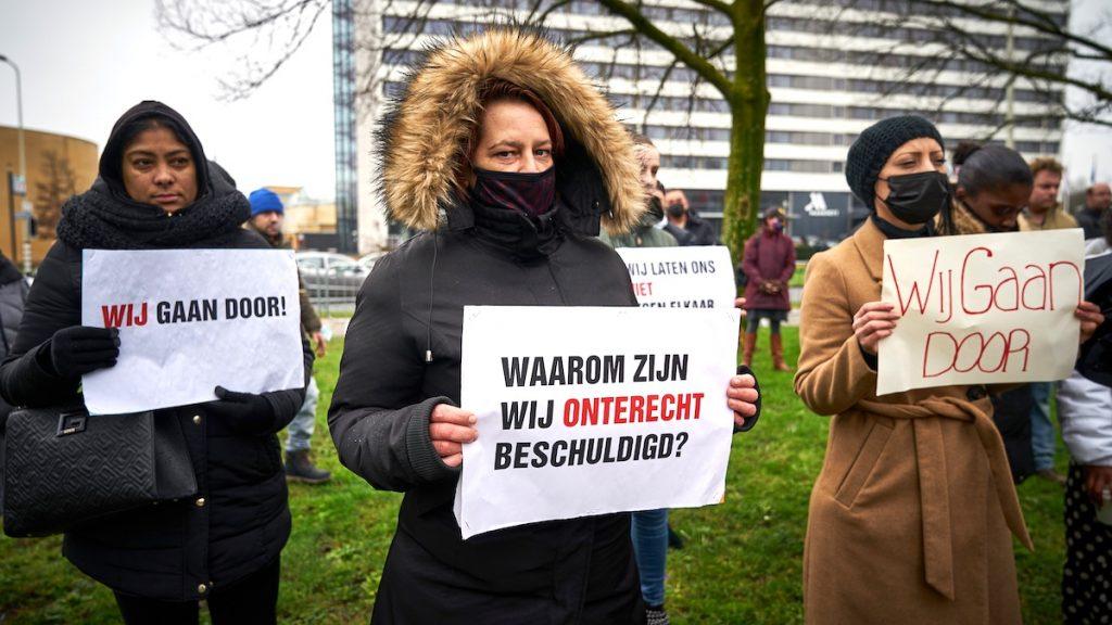 Advocaat:'Gedupeerden toeslagenaffaire bijna altijd vrouw, man gaat vrijuit'