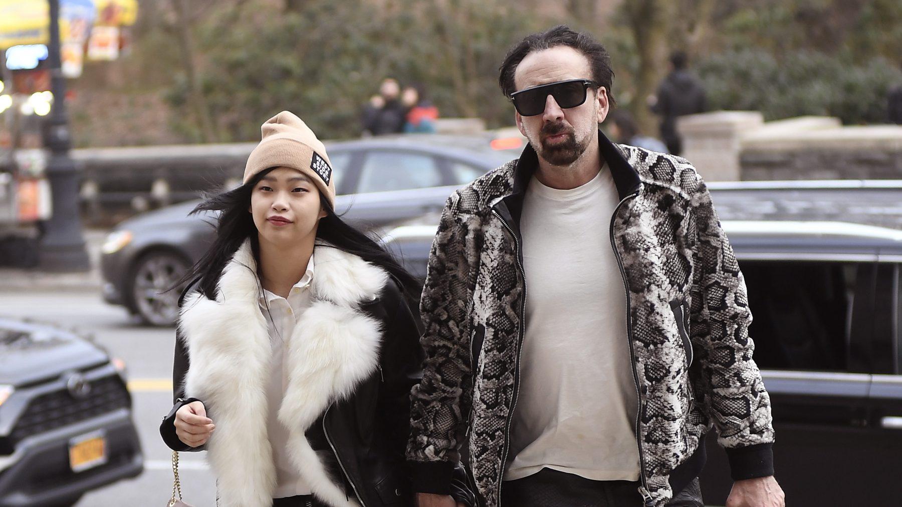 Nicolas Cage (57) begint in Las Vegas met Riko (26) aan vijfde huwelijk - LINDA.