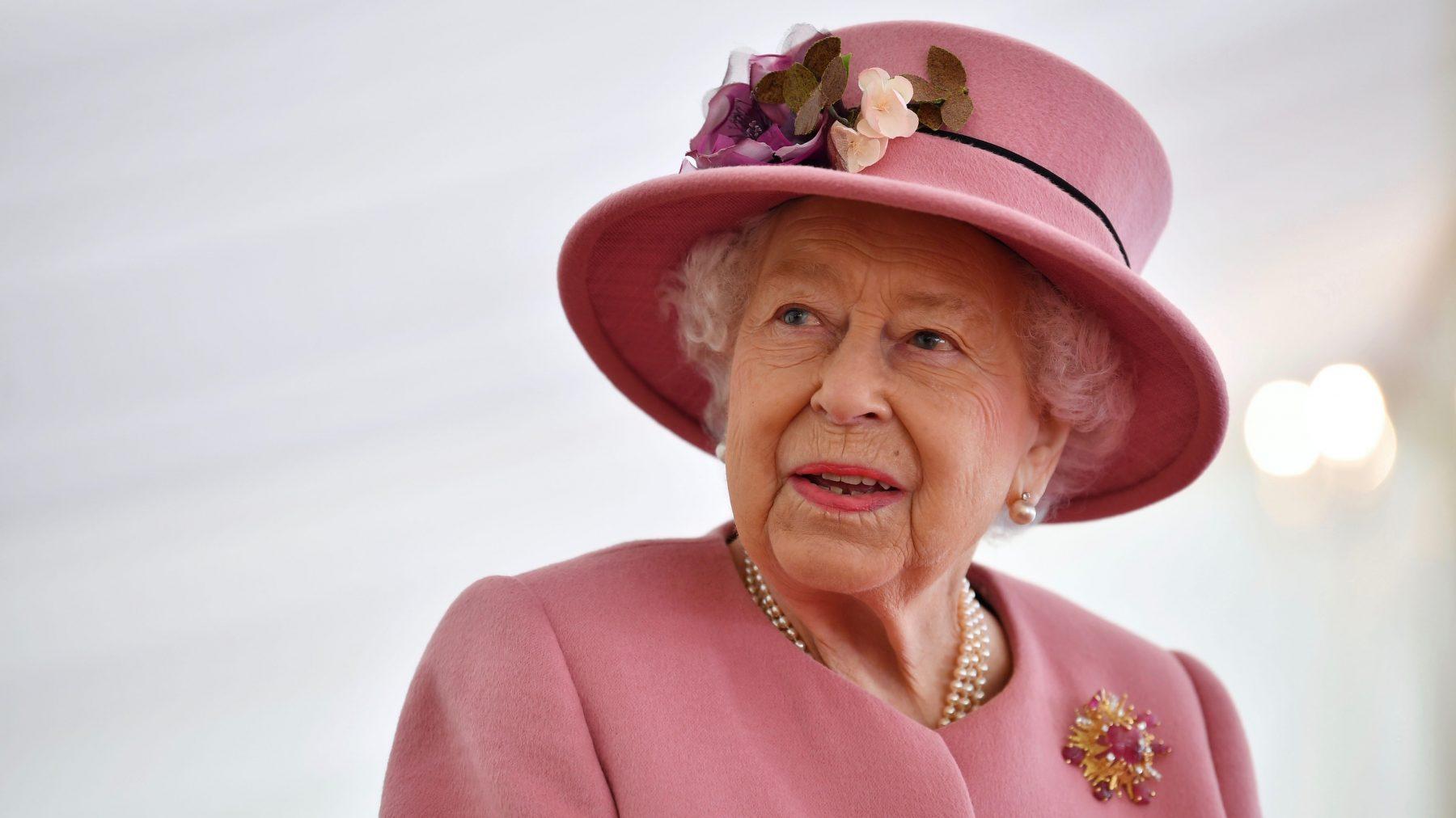 queen-elizabeth-kijkt-niet-harry-meghan