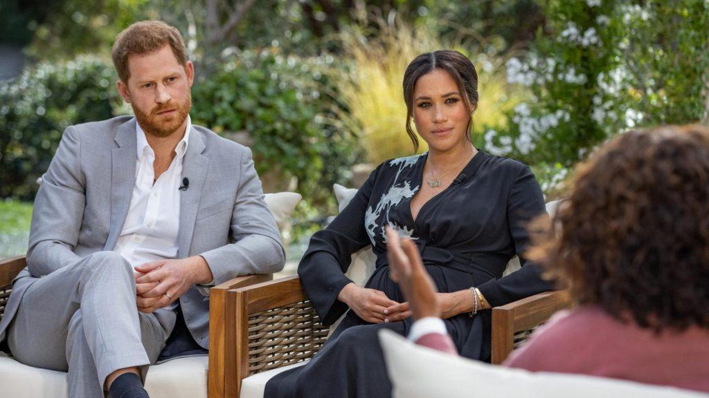 Meghan in Oprah-interview over Brits koningshuis: 'Zoontje geen prins vanwege huidskleur'