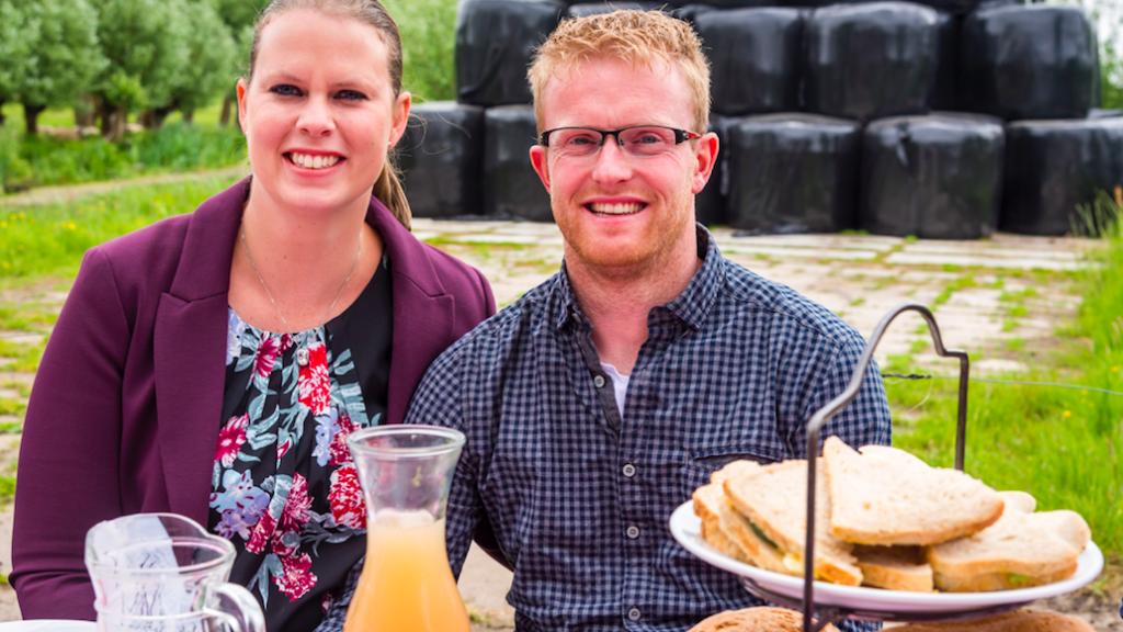 BzV's Jan en Rianne pakken de biezen en vertrekken gezin naar Denemarken