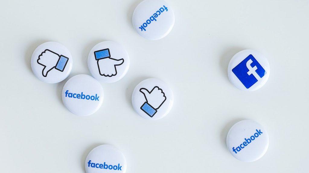 Antihaatbeleid op Facebook: publieke figuren mogen wél doodgewenst worden