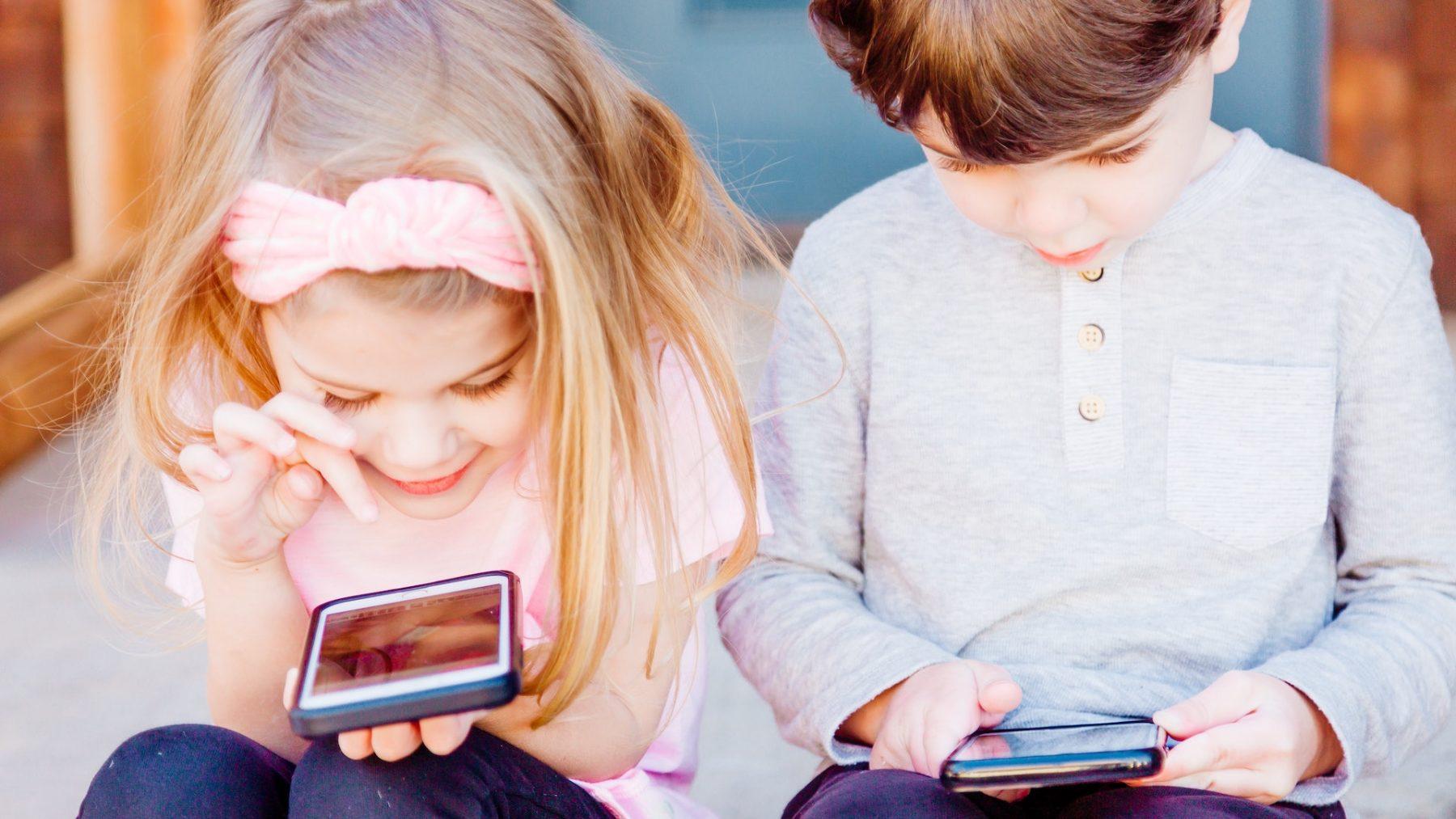 Ouders milder over effect media op kind, maar is dat terecht? Mediapedagoog geeft antwoord