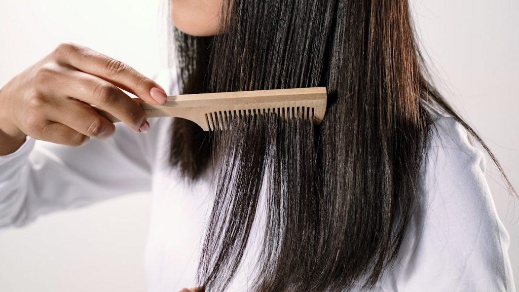 Zo moet je je haren borstelen
