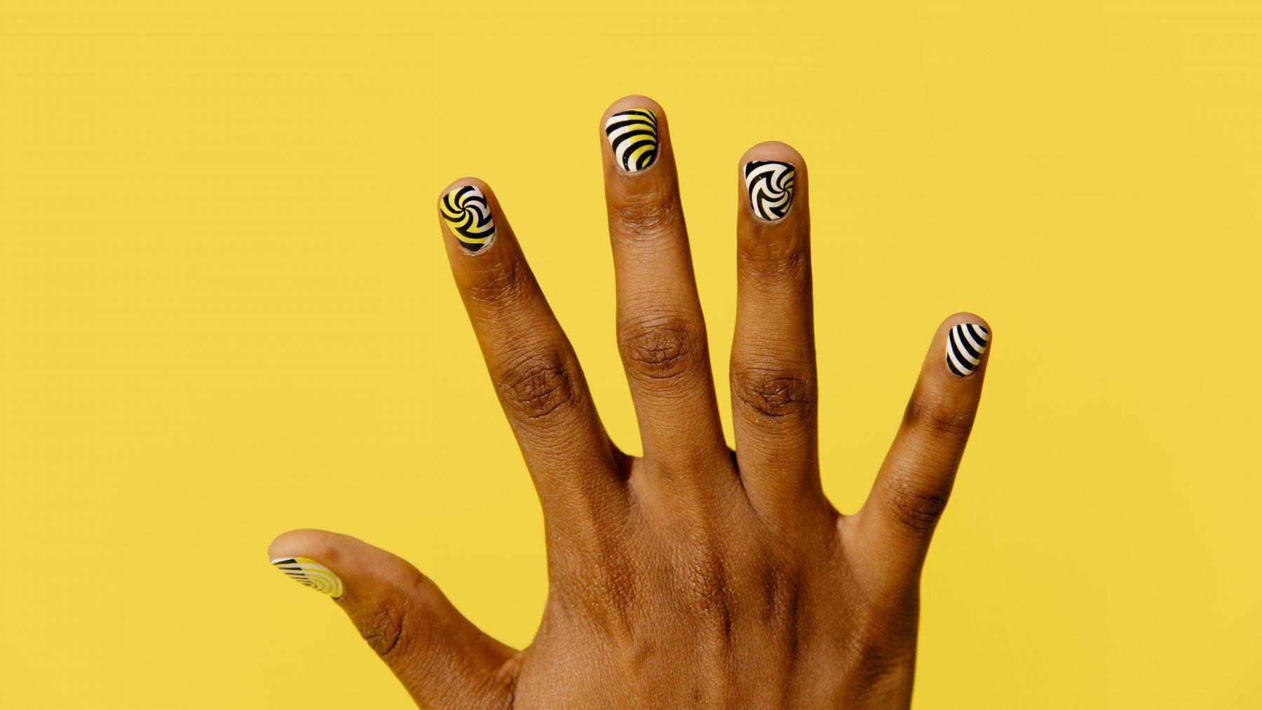 lente nail-art