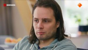 Thumbnail voor Ruinerwold-zoon over vader: 'Hij wurgde je tot je dacht dat je bijna doodging'