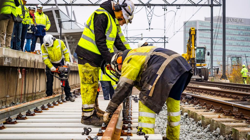 Spoorwerkers 10 jaar blootgesteld aan kankerverwekkende stof