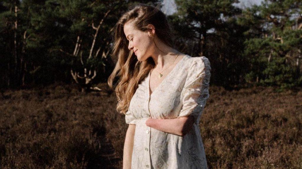Marit deelt eerlijke post over zwangerschap: 'Applaus voor alle vrouwen die dit doen'