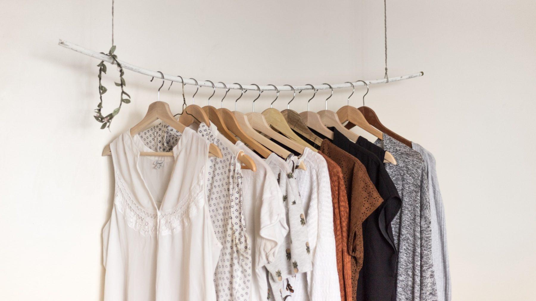 Docuserie 'Worn Stories' vertelt het emotionele verhaal achter de inhoud van onze kledingkast