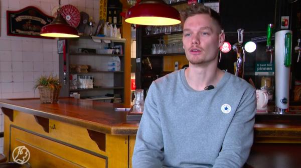Cafèbaas wil biertje doen met zoon die kroeg bezocht na ontvluchten boerderij Ruinerwold