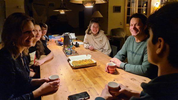 Maartje (46) vangt Syrische vluchtelingen op in huis_ 'Waarom zouden we níet helpen?'