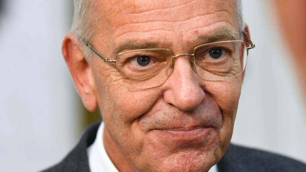 Gerrit Zalm stapt op bij Danske Bank na witwasschandaal ABN AMRO