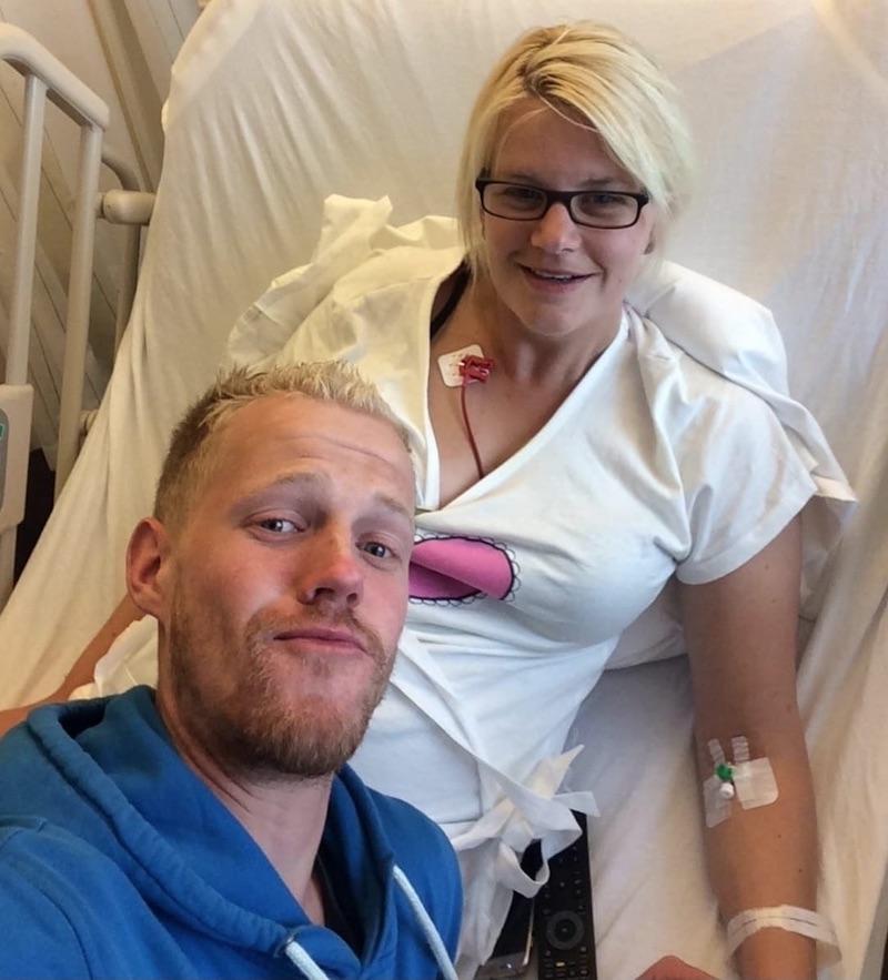 Sharon en Olaf in het ziekenhuis - Sharon heeft het WPW-syndroom