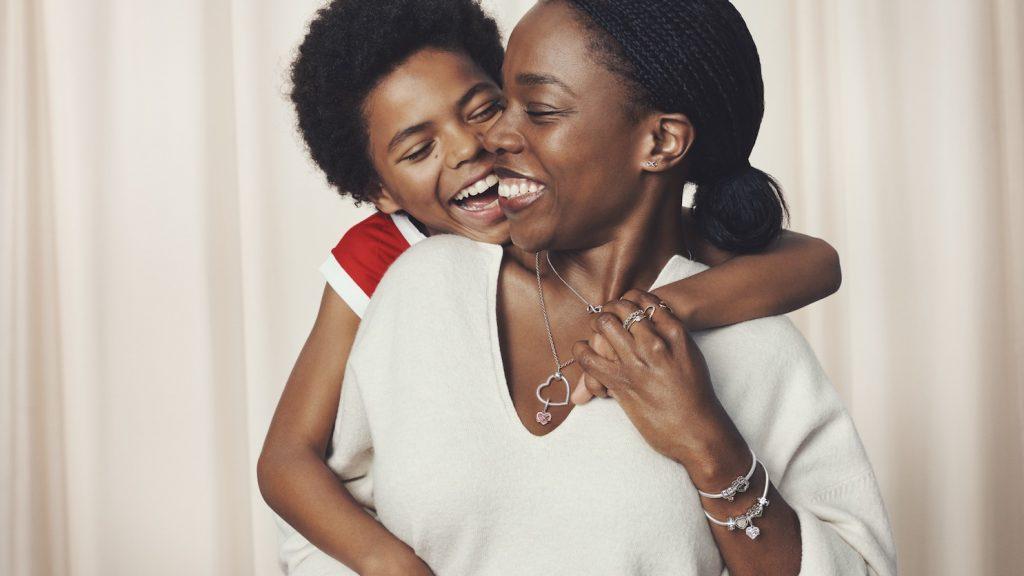 Waarom de moeder-dochterband zo speciaal is