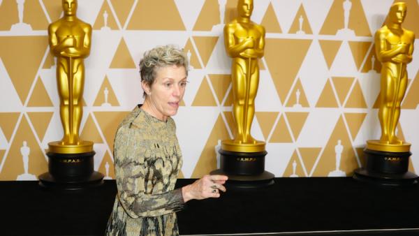 'Nomadland' met drie beeldjes grootste winnaar Oscars