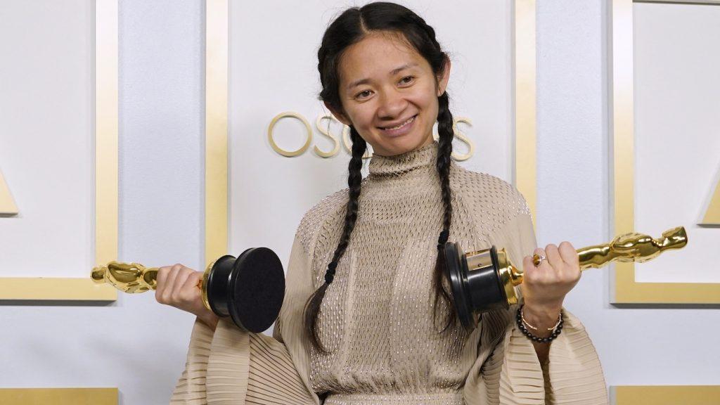 Neem twee minuten de tijd voor de hoopvolle Oscar-speech van Chloé Zhao
