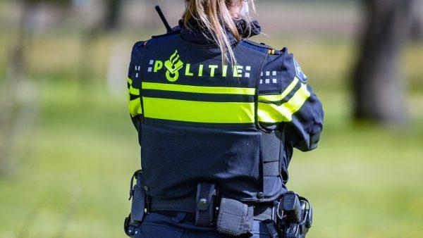 politieagent aangfite examenstunt