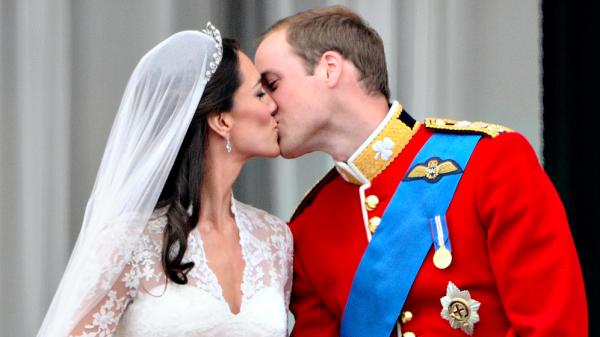 Kate en William tien jaar getrouwd en dat vieren we met nieuwe foto's van het paar