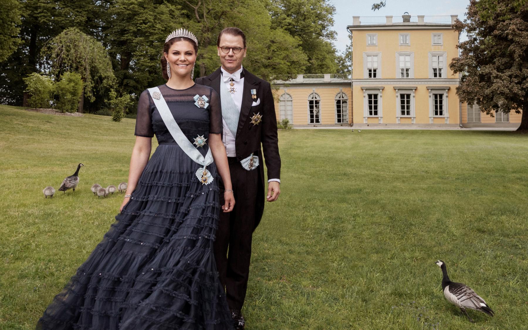 Drama en romantiek bij Zweedse royals: 'Prins trouwde een realityster met tattoo'