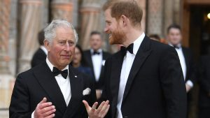 Thumbnail voor Prins Charles 'nog steeds woedend' op Harry na interview met Oprah: 'Te ver gegaan'