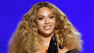 Thumbnail voor Beyoncé doet onthulling aan Victoria Beckham: 'Spice Girls inspireerden mij'