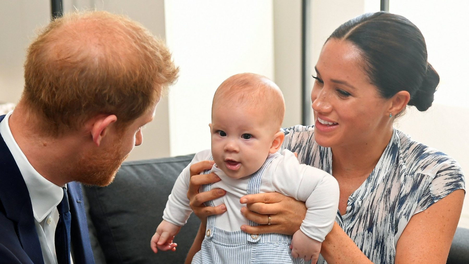 Prins Harry en Meghan Markle vragen donaties voor Archies tweede verjaardag