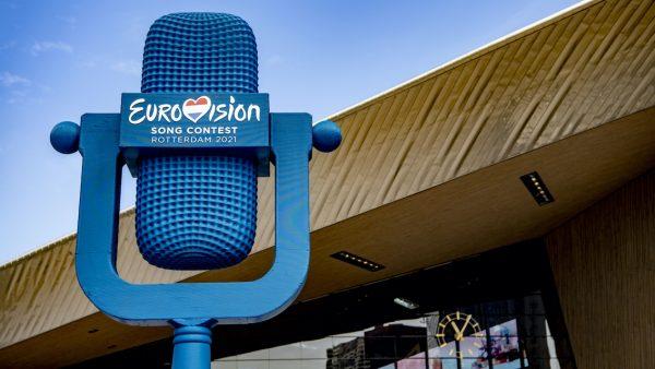 Songfestival vermijdt clichés niet_ 'Toeristen komen ook tulpen kijken'