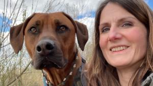 Thumbnail voor Rachels hond hielp haar bij depressie: 'Anders was ik er niet meer geweest'