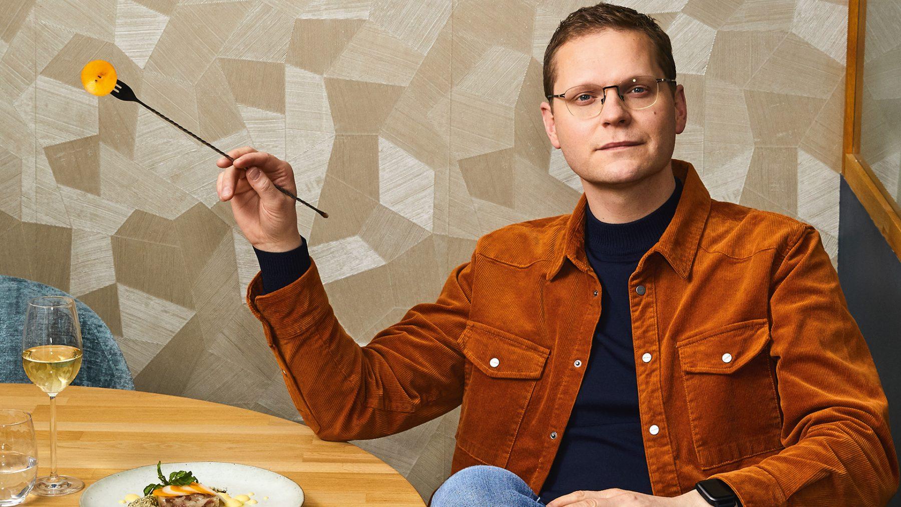 Luuk Ikink is fan van zijn eigen kookkunsten: 'Ottolenghi? Dat kan ik beter'