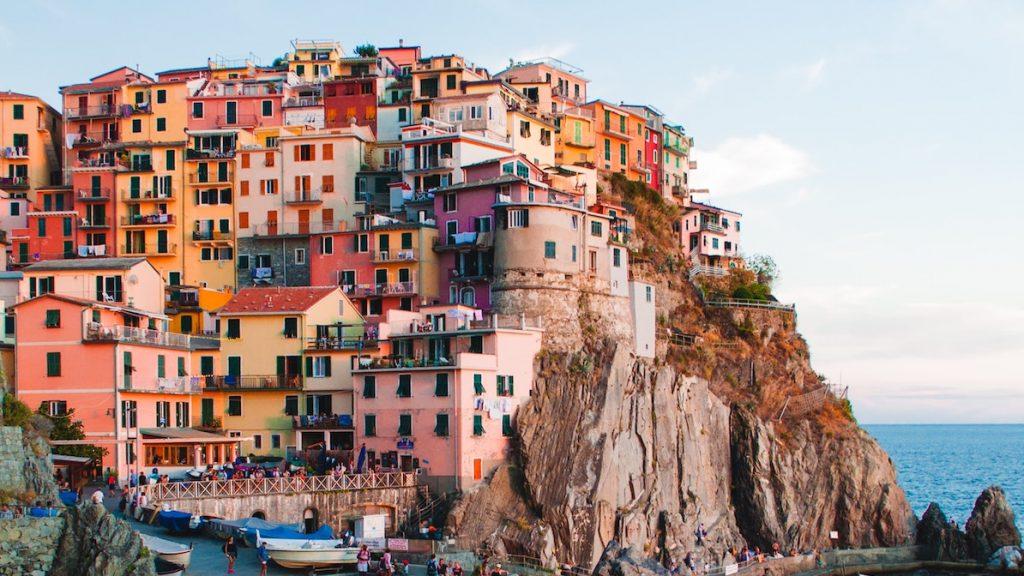 Italië schaft mondkapjesplicht in buitenlucht af