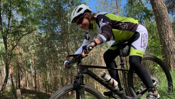 Ingrid kreeg mountainbike-ongeluk: 'Laat je niet afschrikken door risico's'