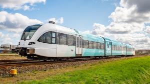 Thumbnail voor Trein ontspoort bij vertrek van station Groningen: 'De achterdeur stond nog aan het perron'