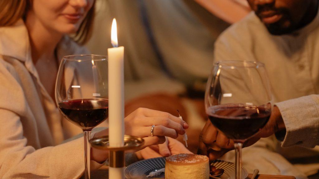 Franka (52): 'Mijn ex nam onze zoon mee naar etentjes met zijn minnares '