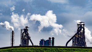 Thumbnail voor 'GGD-topman liet naam Tata Steel uit longkankerrapport schrappen'