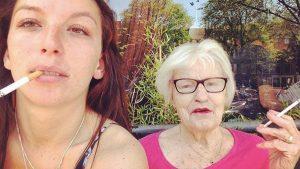 Thumbnail voor Janna's (25) oma werd drie dagen vermist: 'We hadden niet verwacht haar levend te vinden'