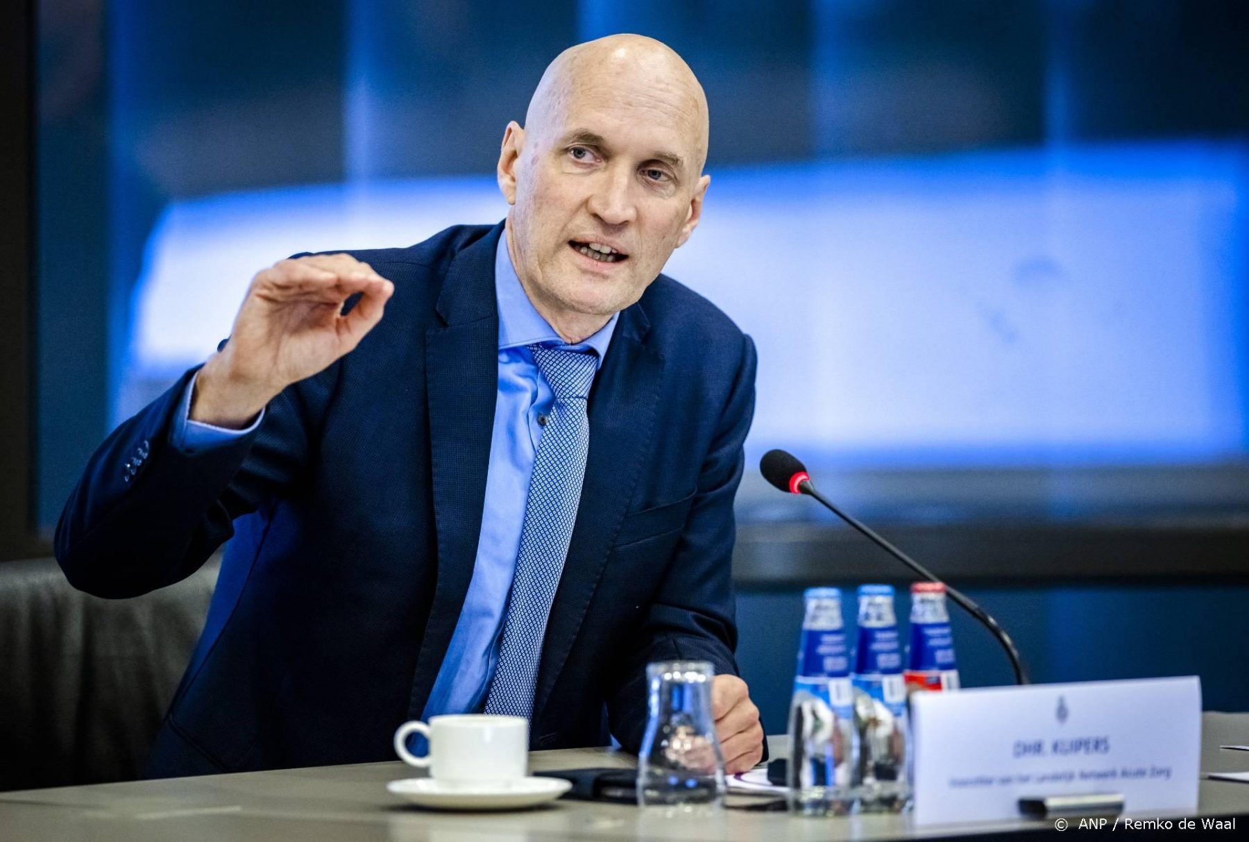 Ernst Kuipers houdt rekening met 800 ziekenhuisopnames door corona
