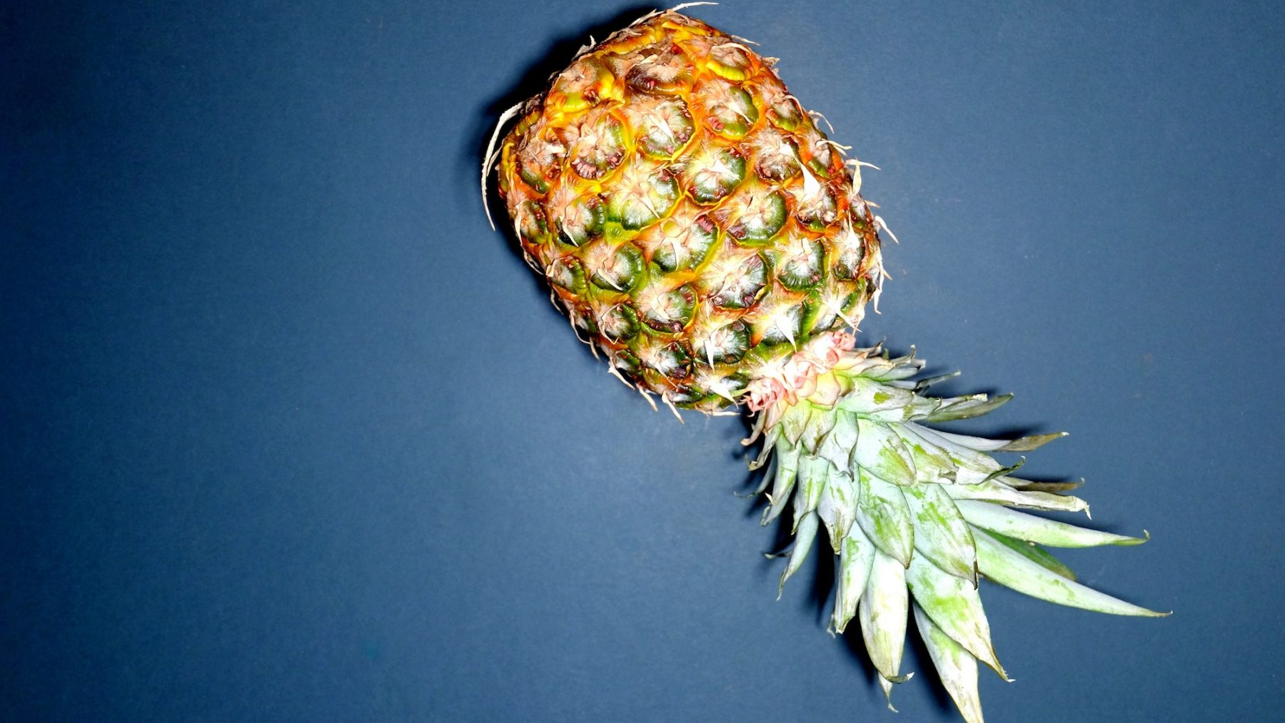 Fan van ananas als (woon)decoratie? Dat heeft een héél dubbelzinnige boodschap