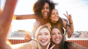 Thumbnail voor Zo hoeft er, ondanks die nare menstruatiepijn, weinig aan jouw planning te veranderen