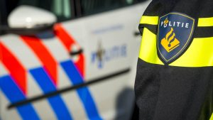 Thumbnail voor Drie agenten gewond geraakt bij incident op de A73 bij Horst