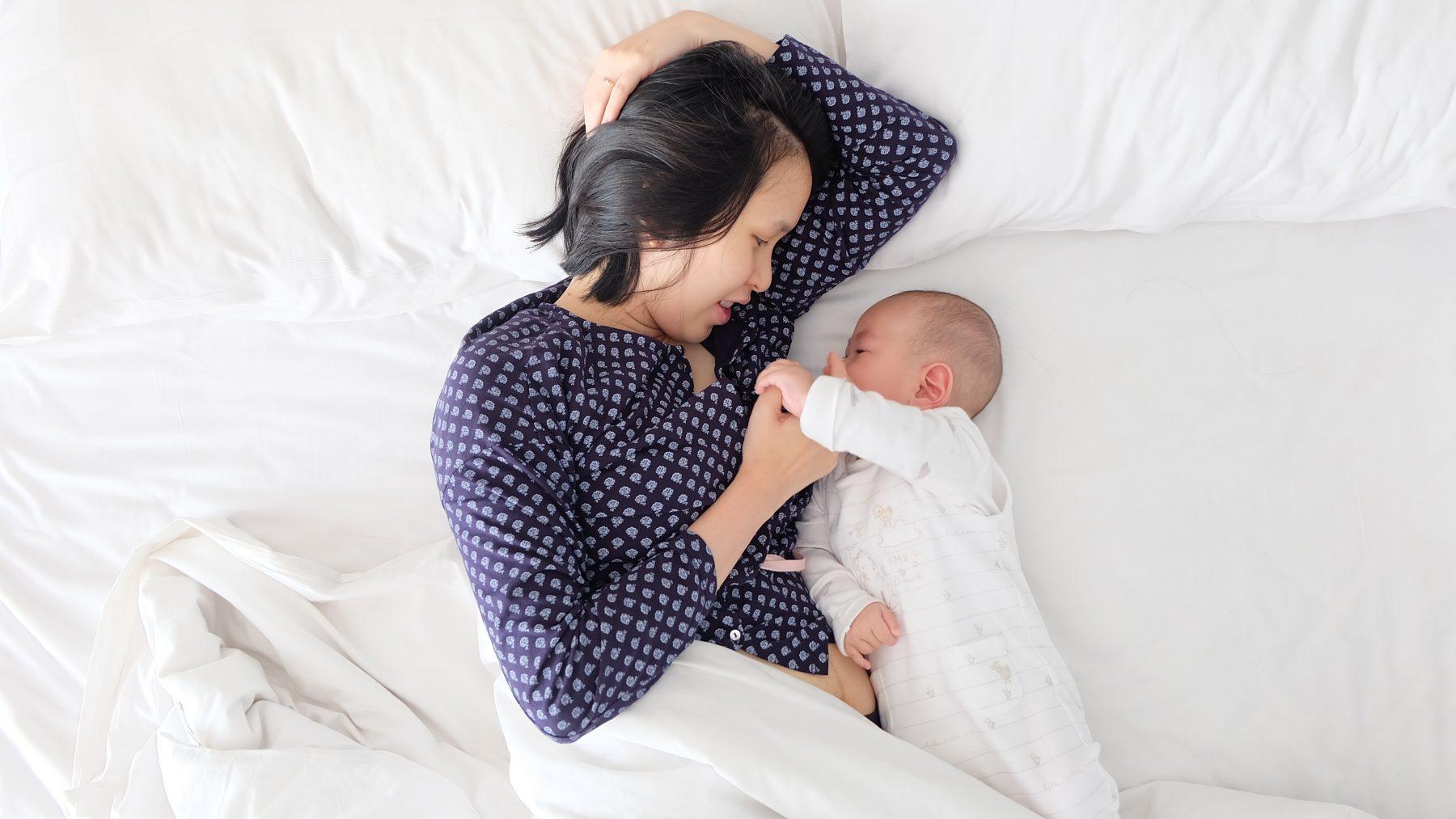Wel of niet 'co-sleeping' met de baby? Doe mee aan onze enquête