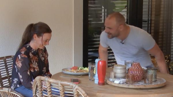 Lange Leve de liefde omelet frikandellen