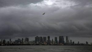 Thumbnail voor Noodweer in India kost tientallen mensen het leven