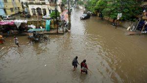 Thumbnail voor Noodweer en overstromingen in Azië eisen meer levens