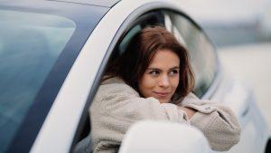 Thumbnail voor 5 x hacks die het leven in de auto een stúk makkelijker maken