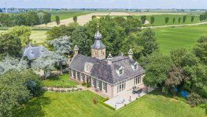 Thumbnail voor Net als de Meilandjes, maar dan in Friesland: dit kasteel staat te koop